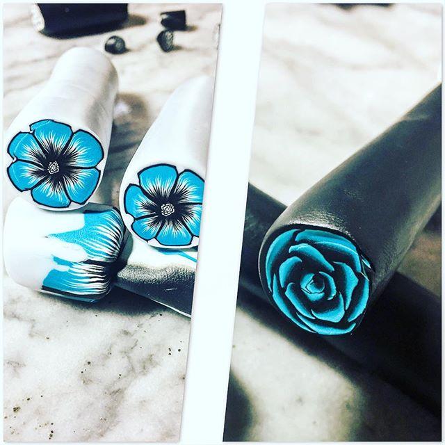 夏っぽいお花が作りたいなーということでもう一個作ってからビーズにします。少しは上達したかな? #ポリマークレイ #ポリマークレイアクセサリー #ケイン #お花 #polymerclay #polymerclaycanes #polymerclayflowers